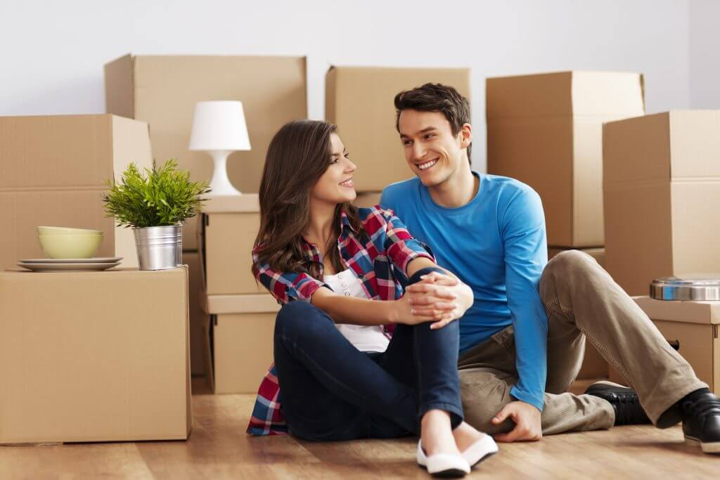 hiring-a-moving-company-vs-renting-a-moving-truck